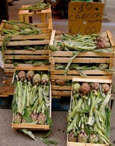 artichokes market in Fano