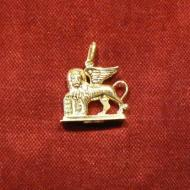 Charm st marks lion